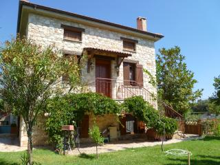 Steliana's Happy Sunny Pool Cottage, near Athens - Athens vacation rentals