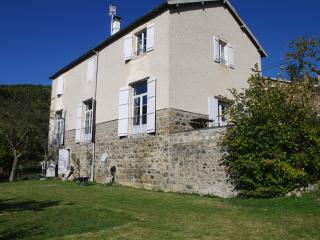 5 bedroom Guest house with Internet Access in Quincie-en-Beaujolais - Quincie-en-Beaujolais vacation rentals