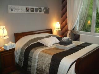 1 bedroom Bed and Breakfast with Internet Access in Tourlaville - Tourlaville vacation rentals