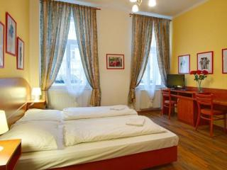 Charming 1 bedroom Prague House with Internet Access - Prague vacation rentals