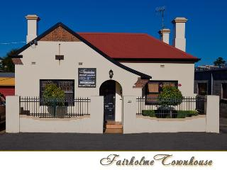 4 bedroom House with Hot Tub in Warrnambool - Warrnambool vacation rentals