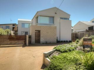 5 bedroom House with A/C in Port Fairy - Port Fairy vacation rentals