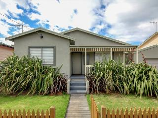 Perfect 4 bedroom Port Fairy House with A/C - Port Fairy vacation rentals