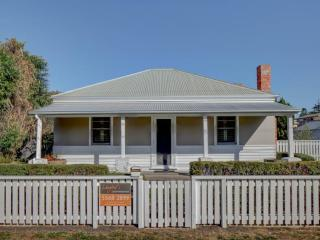 4 bedroom House with A/C in Port Fairy - Port Fairy vacation rentals