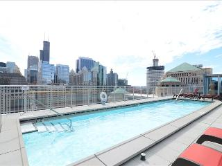 1BR Suite: Heart of River North - Chicago vacation rentals