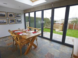 2 Appletree Cottage located in Sixpenny Handley, Dorset - Sixpenny Handley vacation rentals