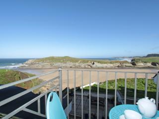 Driftwood, 7 Glendorgal Sands located in Newquay, Cornwall - Newquay vacation rentals