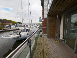 Lazy Lifes Retreat located in Newport, Isle Of Wight - Newport vacation rentals