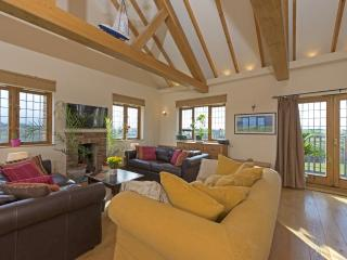 Hill Top, Dairy Farm House located in Newport, Isle Of Wight - Newport vacation rentals