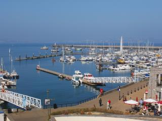 52 Moorings Reach located in Brixham, Devon - Brixham vacation rentals