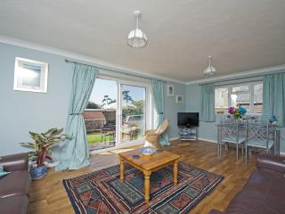 Snowdrop Cottage located in Brighstone, Isle Of Wight - Brighstone vacation rentals