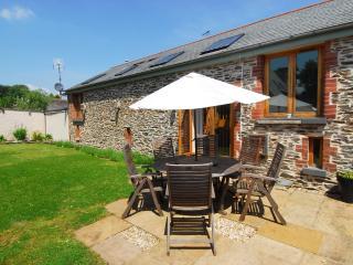 Wells Park Barn located in Stoke Fleming, Devon - Dartmouth vacation rentals