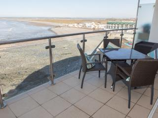 Sea Haven Apartment located in Westward Ho!, Devon - Westward Ho vacation rentals