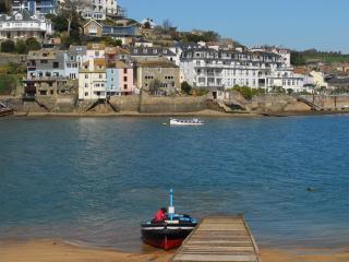 Ferrywatch located in Salcombe, Devon - Salcombe vacation rentals
