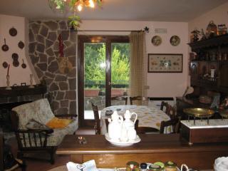 Residence Le Tre Rose Montagna - Camigliatello Silano vacation rentals