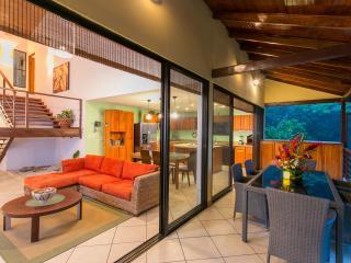 Casa Vista Reyes - Pool - Mountain view -sleeps 6 - Manuel Antonio National Park vacation rentals