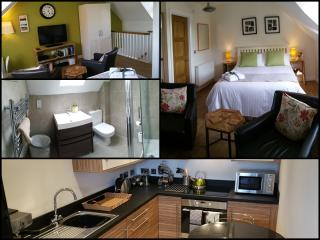Perfect Condo with Internet Access and Washing Machine - Bradley Stoke vacation rentals