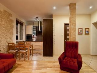 Bright 3 bedroom Condo in Sopot - Sopot vacation rentals
