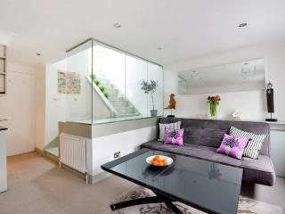 Amazing Covent Garden One Bedroom - London vacation rentals