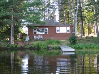 DeWeese's Cabin on Half Moon Lake , Northwoods - Tomahawk vacation rentals