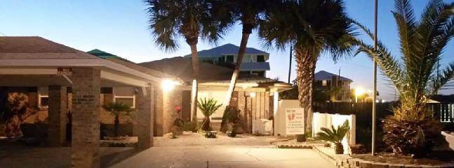 Newly Remodeled Private House W/Pool - Image 1 - Panama City Beach - rentals