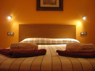 Valencia nice and quite apartment with wi-fi - Valencia vacation rentals
