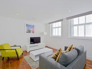 Luxury 1 Bedroom in Fitzrovia - London vacation rentals