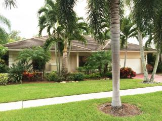 Wonderful modern open concept home 1 mile to beach - Boca Raton vacation rentals
