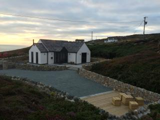 Ty Bach. Sea View Luxury at South Stack, Anglesey - Holyhead vacation rentals