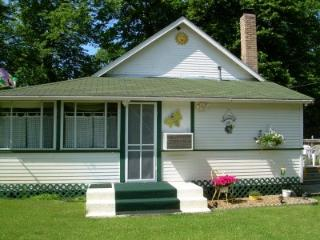 Detroit Lakes - Lake Melissa -Cabin On the Commons - Detroit Lakes vacation rentals