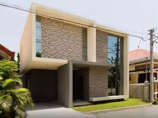 New Modern House 5mins from airport - Davao vacation rentals