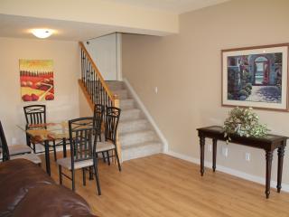 New Beautiful 3 bedroom by West Edmonton Mall - Edmonton vacation rentals
