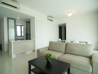 Clementi WCD 3BR Serviced Apartment - Singapore vacation rentals