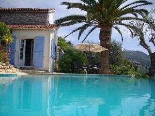 Villa à Castagniers dans les Alpes-Maritimes - Aspremont vacation rentals