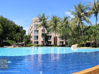 Condos for rent in Hua Hin: C5015 - Hua Hin vacation rentals