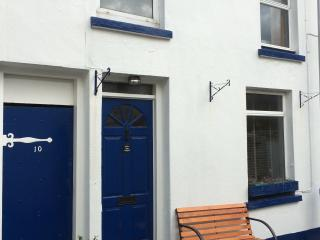 Charming cottage in Douglas town, Isle of Man - Douglas vacation rentals