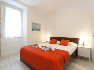 Perfect 2 bedroom Vacation Rental in San Sebastian - San Sebastian vacation rentals