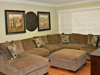 Perfect 5 bedroom Anaheim House with Internet Access - Anaheim vacation rentals