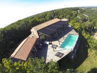 Panoramic house - Rochefort du Gard vacation rentals