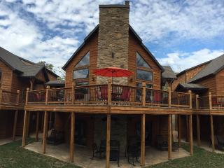 Branson Shores Resort LAKEFRONT CABINS - Branson vacation rentals