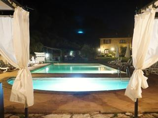 IL CASOLARE VAL DI MARE 2+2 pax - Riparbella vacation rentals