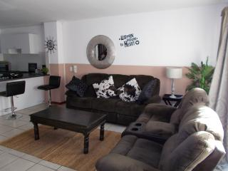 Fountainebleau 32 Self Catering Apartment - Parklands vacation rentals