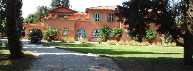 Casa Romana Estate Large villa for rent in Rome - Image 1 - Rome - rentals
