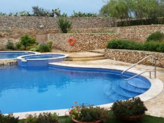 Ta' Kilina modern apartment with communal pool - Qala vacation rentals