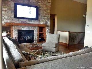 Luxury Townhome With Stunning Lake And Mountain - Kamas vacation rentals