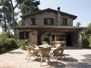 Perfect House with Internet Access and Dishwasher - Province of Macerata vacation rentals