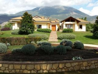 Nice Bed and Breakfast with Internet Access and A/C - Piedimonte San Germano vacation rentals