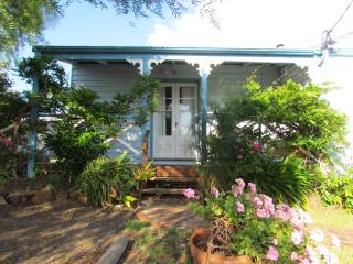 Nice Cottage with Internet Access and Parking Space - Swansea vacation rentals