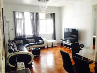 SPECIAL OFFER!!! Stunning 3 bedrm Apt Causeway Bay - Hong Kong vacation rentals