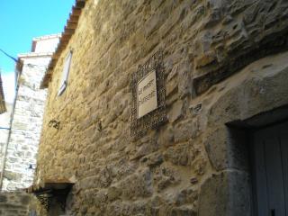 maison dans village medieval  le mazet d eugenie - Sauve vacation rentals